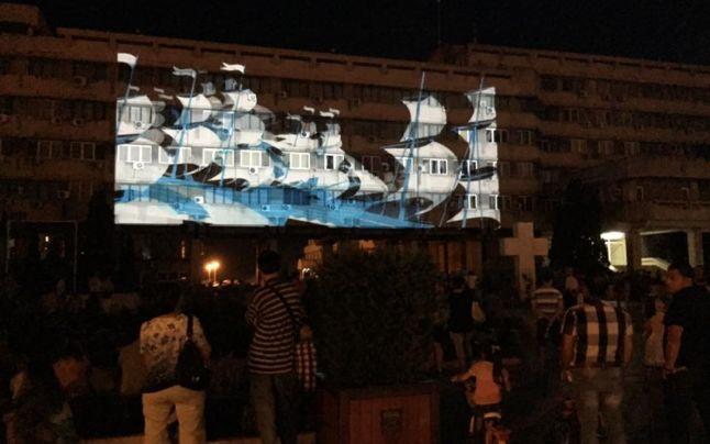 Spectacol pus la cale într-un cartier din Timişoara, cum doar în capitalele culturale s-a mai văzut
