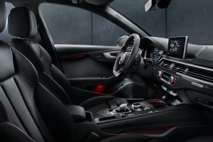 """Modelele A4 Sedan şi A4 Avant, """"actualizate"""" de Audi. Vezi ce îmbunătățiri SF au primit"""