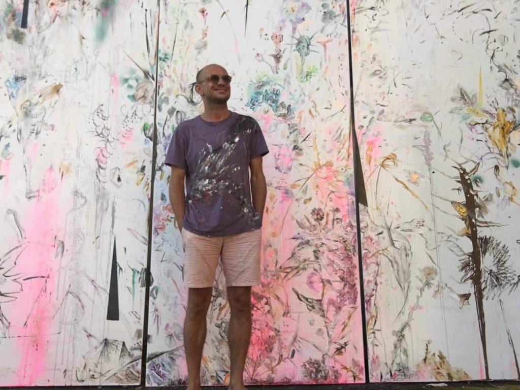 """""""Tort funerar cu glazură de spini"""", lucrarea unui artist timişorean ce va fi admirată în Franţa"""