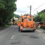 Drumarii lucrează în zona Coşava. Rute alternative spre Deva