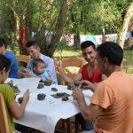 Frumuseţile Banatului, descoperite de 3 familii de refugiaţi stabilite la Timişoara