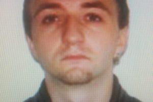 Tânăr căutat de poliţie şi familie. A plecat în Vama Veche de câteva zile şi nu răspunde la telefon