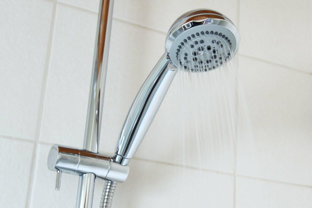 Ce locatari rămân miercuri fără apă caldă
