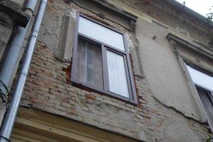 """Nicolae Robu: """"Plasă de protecție pe clădirile în paragină"""""""