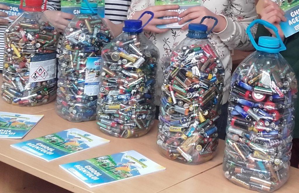 """""""Campionii"""" Patrulei de Reciclare salvează mediul înconjurător de 1.100.000 kg de deșeuri electrice. Timișul câştigă pentru prima dată un premiu național"""