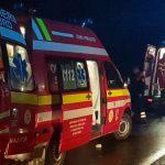 Autocar cu zeci de pasageri, răsturnat! 32 de răniţi