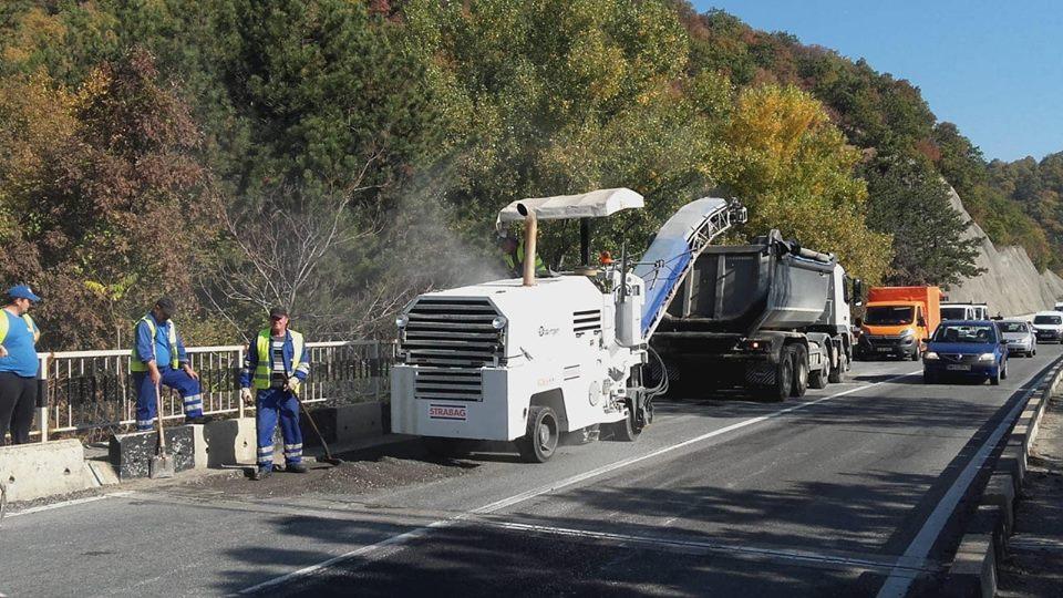 Ce lucrări execută DRDP pe drumurile naţionale din vestul ţării