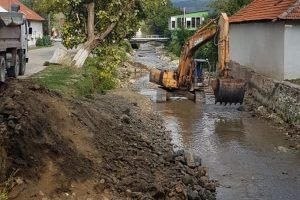 Construcțiile hidrotehnice din Caraș-Severin afectate de viituri, reabilitate în regim de urgență