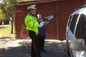 Polițiștii locali au stat de vorbă cu peste 200 de locatari din Aradului Est și Vest