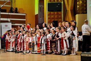 Cercuri de muzică şi dansuri la Şcoala de Arte