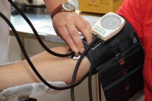 Ce trebuie să facă hipertensivii în timpul pandemiei de coronavirus