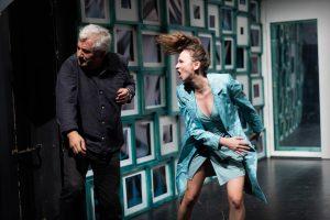 Două texte contemporane, la final de noiembrie, în regia actorilor de la Teatrul Maghiar