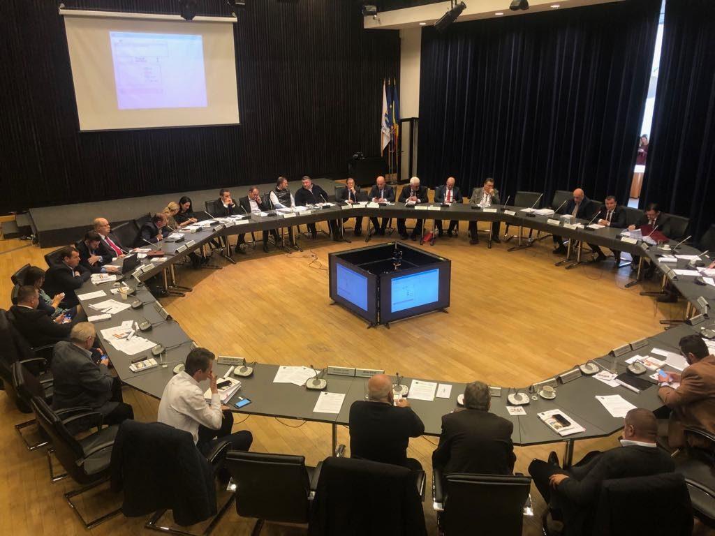 Consiliul Județean Timiș vrea propriul ziar în 100.000 de exemplare
