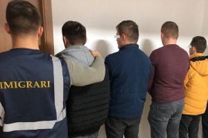"""Brutărie din Buziaş, amendată drastic pentru că a angajat """"la negru"""" patru sârbi"""