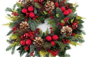 Ce semnificație are coronița de Crăciun. Nu este doar un simplu ornament!