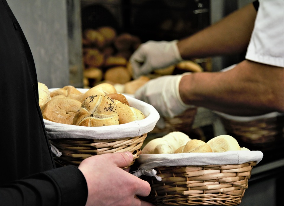 Reguli noi pentru vânzarea în vrac a pâinii și a produselor de panificație