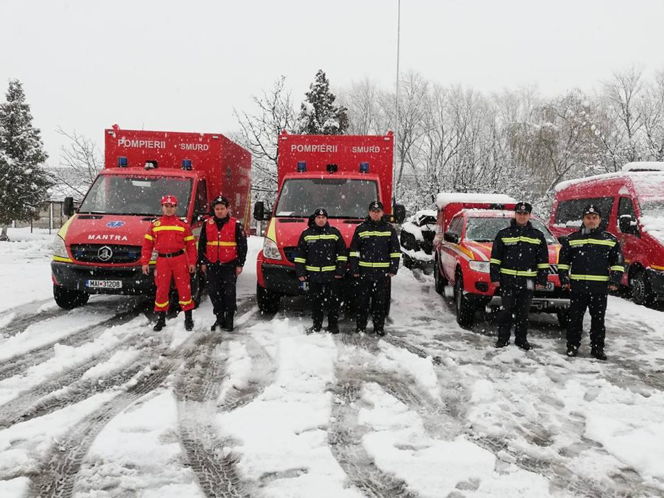 Ajutor din Bucureşti şi Mureş pentru pompierii timişeni