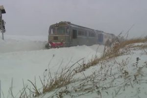 CFR introduce de luni în circulaţie Trenurile Zăpezii