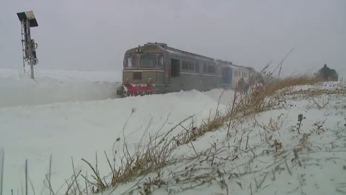 Probleme mari pe căile ferate din Timiş şi Caraş-Severin duminică dimineaţă