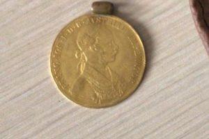 Monedele de aur şi banii, ţinta unor hoţi din judeţul Arad