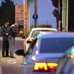 BMW X5 înmatriculat în Italia, confiscat de poliţiştii de frontieră de la Cenad