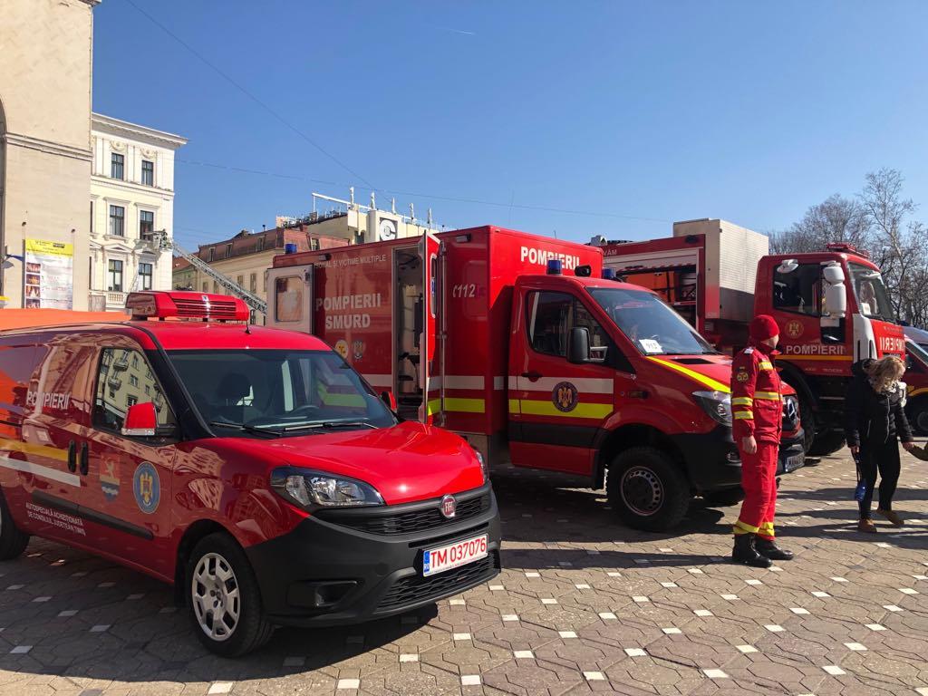FOTO/ Pompierii timișeni sărbătoresc Ziua Protecției Civile