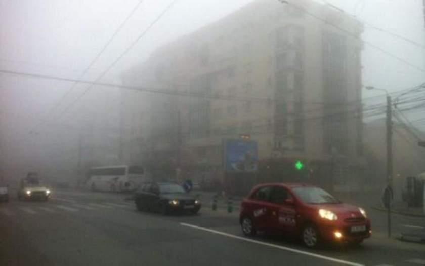 Ceaţa le face probleme şoferilor. Circulație restricționată pe A6