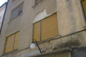 Primăria Buziaș va supraimpozita proprietarii imobilelor lăsate în paragină