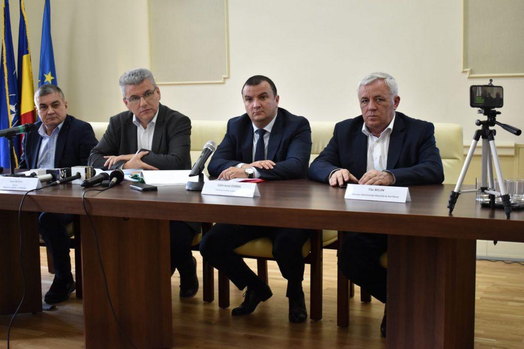 A fost semnat contractul de proiectare și execuție lucrăridincadrul proiectului cevaredeschide navigabilitatea pe canalul Bega