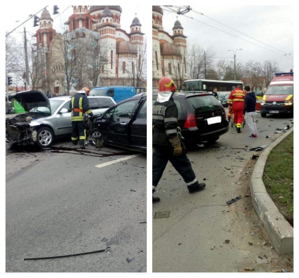 Două mașini s-au ciocnit. O persoană a ajuns la spital
