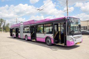 Primăria din Cluj-Napoca vrea să amendeze călătorii care au haine murdare sau urât mirositoare