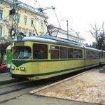 Un pensionar din Arad a căzut dintr-un tramvai