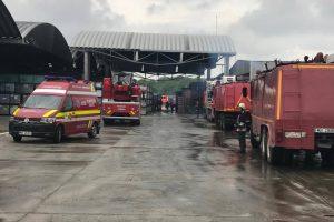 Incendiu la TRW! Peste 400 de angajaţi erau pe tură când a izbucnit focul