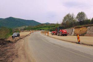 Vești bune de la ministrul Transporturilor! Se construiesc aproape 200 de km de autostradă și drumuri expres