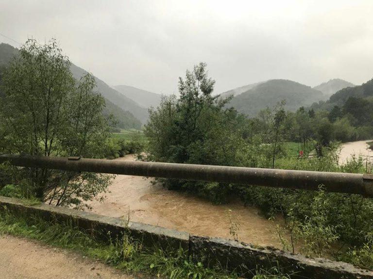 Cod galben de inundații pe mai multe râuri din Banat