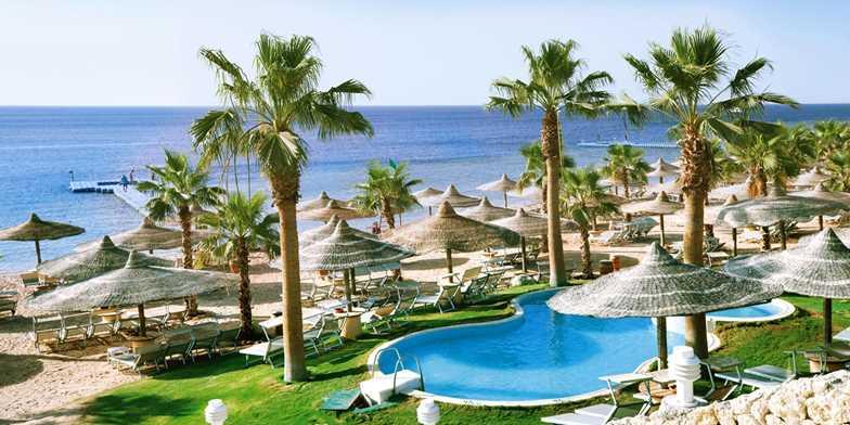 Se reiau zborurile charter de vacanță către Hurghada