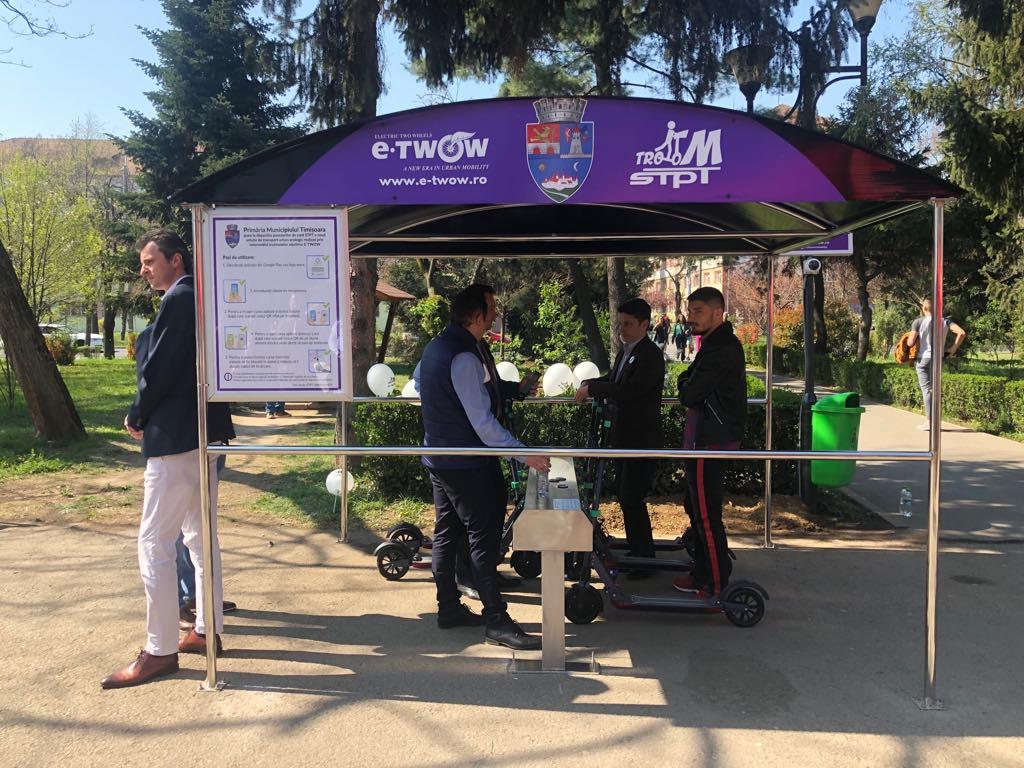 Peste 20 de trotinete electrice au fost montate în stații la Timișoara