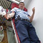 Peste 100 de poliţişti timişeni au donat sânge