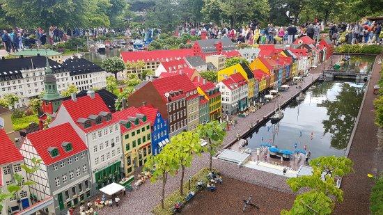 Zbor direct din Timişoara spre Billund, oraşul danez al pieselor Legoland