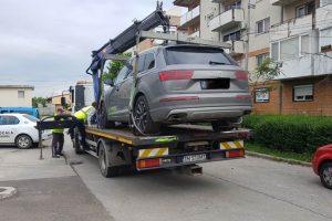 Atenție, nu blocați accesul în curți sau garaje! Riscați rămâneţi fără maşină