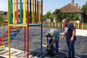 Stadiul lucrărilor la parcul din comuna Biled. Cum va arăta