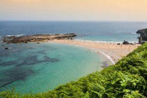Plajele cu cele mai frumoase peisaje din Spania în care să mergi în concediu