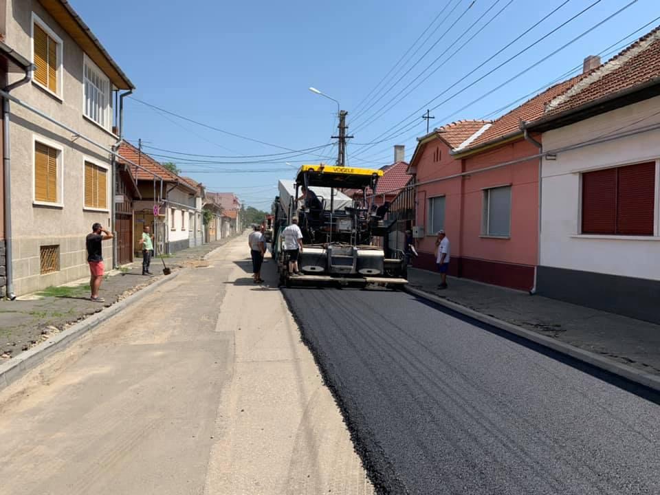 Atenție, șoferi! Acces restricționat pe patru străzi din Timișoara, unde se asfaltează