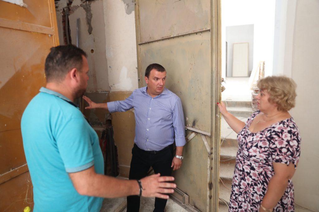 Școlile finanțate de CJ Timiș, verificate de președintele Dobra