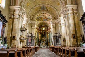 A început pelerinajul spre Basilica Papală Maria Radna