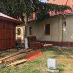 Continuă lucrările de renovare a Bisericii Ortodoxe din Sânmihaiu Român