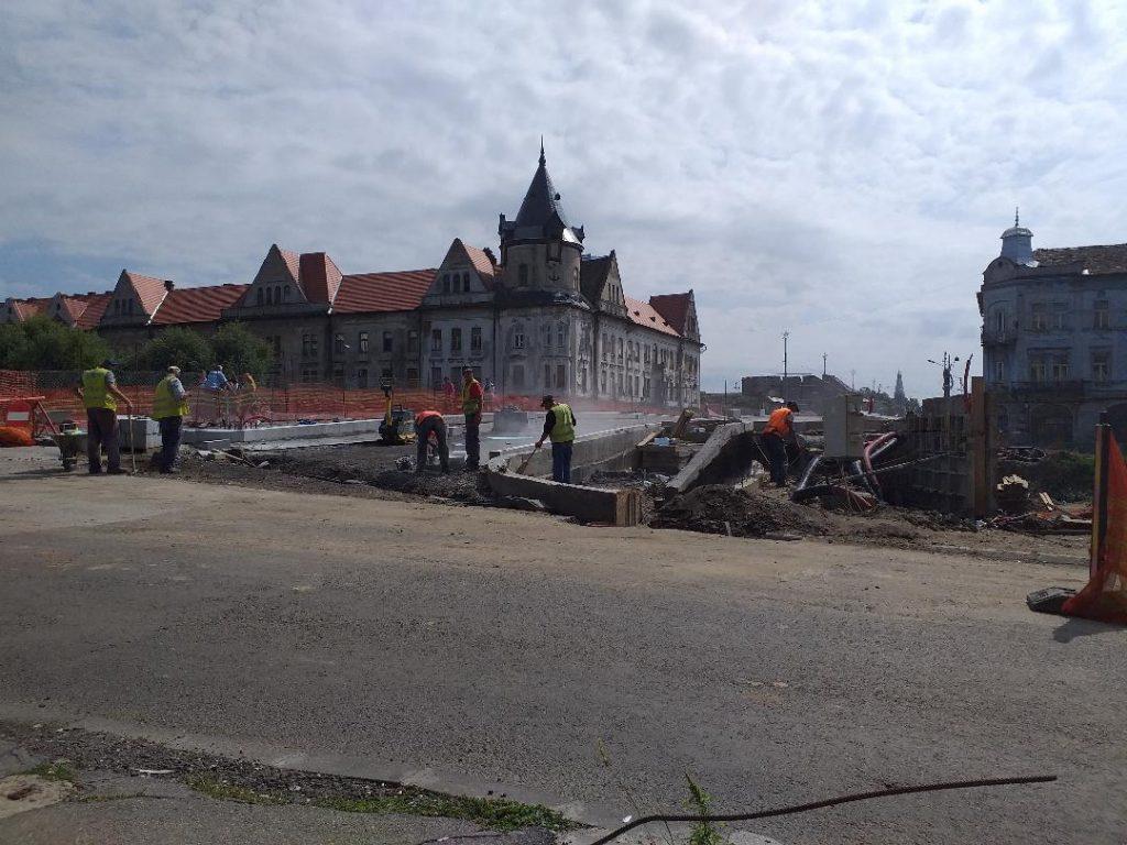 Cât mai e de lucru la Podul Dragalina şi la Podul Eroilor
