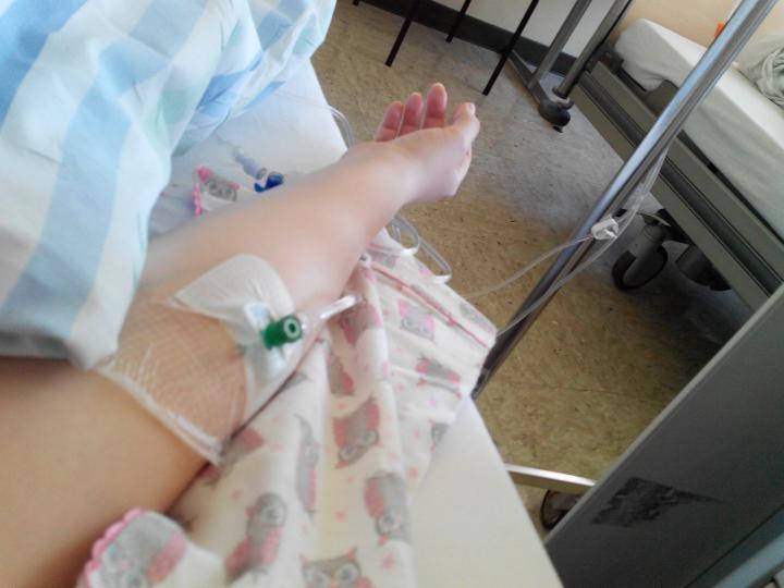 De la bal la spital. Zeci de nuntaşi din Banat au făcut toxiinfecţie alimentară