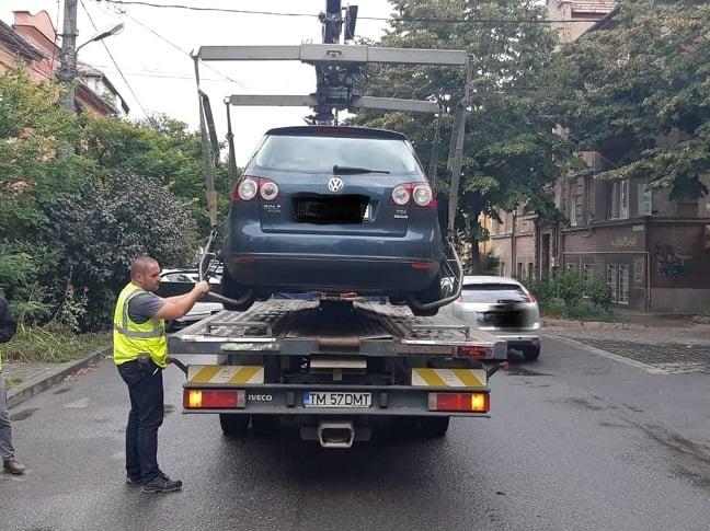 Polițiștii locali, cu ochii pe şoferii care parchează neregulamentar