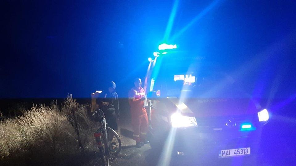 Intervenţie inedită a pompierilor. Un curier care livra mâncare s-a rătăcit la Pădurea Verde